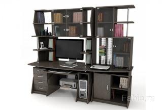 Компьютерный стол со стеллажами