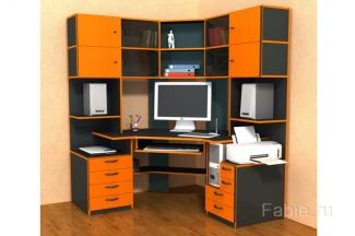 Компьютерный стол с оранжевыми фасадами