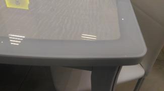 Стол белый со стеклом раскладной