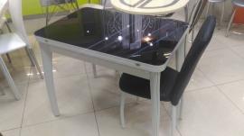 Стол с черным стеклом раскладной