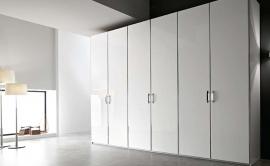 Шкаф распашной 13